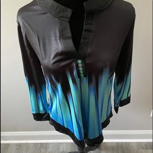 GORGEOUS LONG SLEEVE TOP FOR WOMEN SIZE LARGE